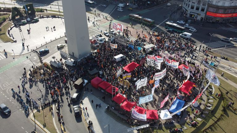 Aerial view of the protest of left-wing parties at the Obelisk one year after the capture of Guernica.